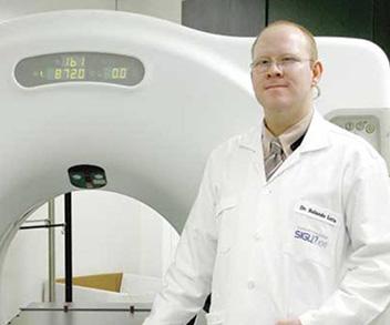 Doctor Rolando Loría Ruiz